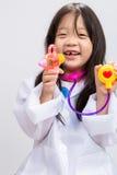 Meisje Speelarts Background/Meisje die Doct spelen stock fotografie