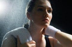 Meisje in sport stock afbeelding