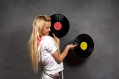 Meisje in sportenkleren met vinyl Stock Afbeeldingen