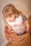 Meisje uit de doos Royalty-vrije Stock Afbeelding