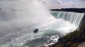 Meisje van de Mist bij Niagara-Dalingen, Canada Stock Foto