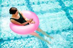 Meisje in water royalty-vrije stock afbeelding