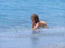 Meisje in water Stock Foto's