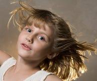 Meisje in wind royalty-vrije stock foto's