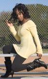 Meisje in zwarte laarzen Stock Foto's