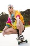 Meisjes Berijdend Skateboard Stock Foto