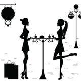 Meisjes in de Koffie na het Winkelen Stock Afbeelding