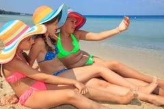 Meisjes die zelfportriat maken Royalty-vrije Stock Foto
