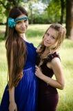 Meisjes in een park Stock Afbeelding