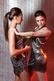 Meisjes met metaalbelemmeringen Royalty-vrije Stock Afbeeldingen