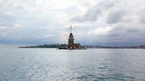 Meisjestoren timelapse in Istanboel, Turkije, kiz kulesitoren stock video