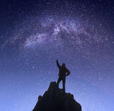 Meister gegen Nachtlandschaft Stockfoto