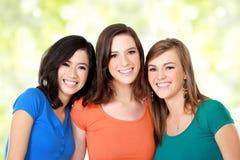 Mejor amigo racial multi de tres muchachas Fotos de archivo
