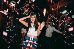 Mejores amigos que tienen un partido Fotografía de archivo libre de regalías