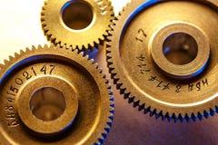 Mekaniska spärrhjular i toning royaltyfri foto