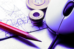 Mekaniska spärrhjular, skissning och mus royaltyfri fotografi