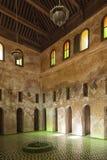 Meknes Maroko, Luty, - 18, 2017: Sala lekcyjne Bou Inania Madrasa Obrazy Royalty Free