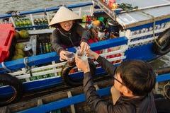 Mekong delty spławowy rynek w Wietnam Obraz Stock