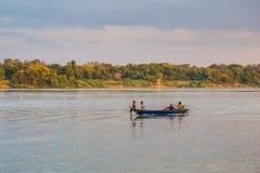 Mekong River Cambodja December 5, 2018 arkivbilder