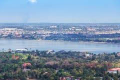 Mekong River på Mukdahan, Thailand Arkivfoto