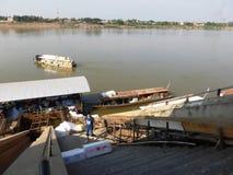 Mekong szmuglowanie od Tajlandia Laos Obraz Royalty Free