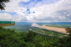 Mekong van de landschapsmening Rivier in Wat Pha Tak Suea in Nongkhai, Thailand Stock Afbeeldingen