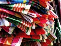 Meksyk sklepu spożywczego tradycyjne trykotowe torby fotografia royalty free