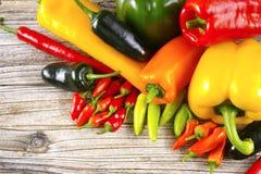 Meksykański gorącego chili pieprzy mieszanki papryki poblano kolorowy serrano j Fotografia Stock