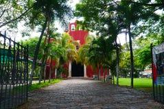 Meksykański kościelny Merida Churbunacolonial architektury historia zdjęcia stock