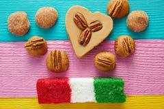 Meksykańska cukierku cajeta pecan koksu flaga Fotografia Stock