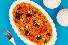 Meksykanin Stylowy Korzenny Rice Z cynaderki fasolami i Czerwonymi Chillies obrazy stock