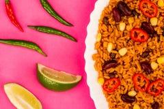 Meksykanin Stylowy Korzenny Rice Z cynaderki fasolami i Czerwonymi Chillies obrazy royalty free