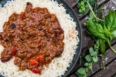 Meksykanina chili Stylowy przeciw Carne Z Białym Gotowanym Rice Obraz Stock