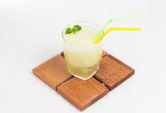 Melón delicioso del smoothie del cóctel con la menta Fotografía de archivo libre de regalías