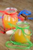 Mel em uns frascos Imagens de Stock