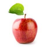 Mela matura rossa con il foglio verde Fotografia Stock Libera da Diritti