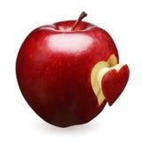 Mela rossa con cuore Immagini Stock Libere da Diritti