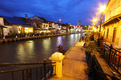 Melaka flodstrandpromenad i aftonen, Malaysia Royaltyfri Fotografi