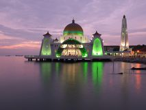 Melaka svårighetermoské royaltyfri foto