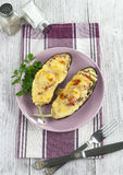 Melanzana al forno con le verdure ed il formaggio Fotografia Stock