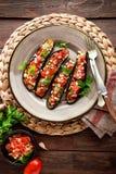 Melanzane al forno con i pomodori, la cipolla e l'aglio Alimento vegetariano sano Immagini Stock