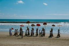 Melasti仪式在巴厘岛 免版税库存照片