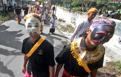 Melasti ceremoni i Klaten royaltyfri bild