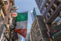 Melbourne, Australië - September 20, 2017: Ierse vlag die ab hangen Royalty-vrije Stock Afbeelding