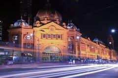 Melbourne, Australia - 17 agosto 2016: Ferrovia di via del Flinders Fotografie Stock