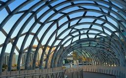 MELBOURNE, AUSTRALIA - 21 DE FEBRERO DE 2016: Puente de Webb en Docklan Fotos de archivo