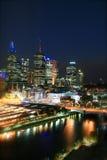 Melbourne bij nacht Royalty-vrije Stock Afbeeldingen