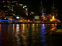Melbourne bis zum Night Stockfotografie