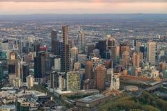 Melbourne CBD au lever de soleil Image stock
