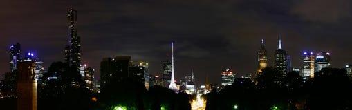 Melbourne em a noite Imagens de Stock Royalty Free